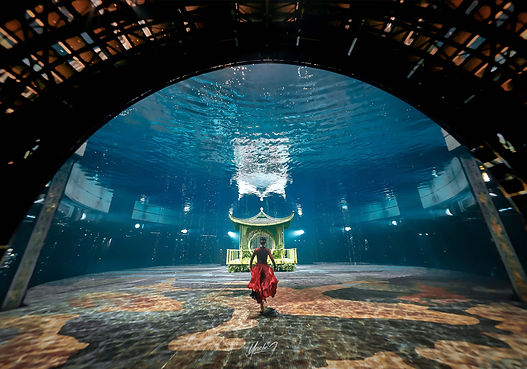 Underwater photography in The House of Dancing Water