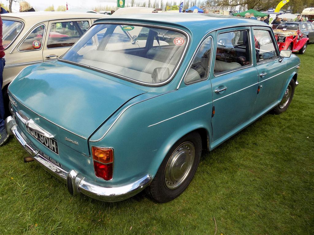 Morris 1800
