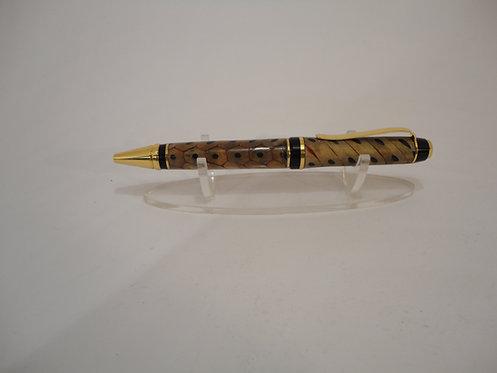 Segmented Cigar Pen