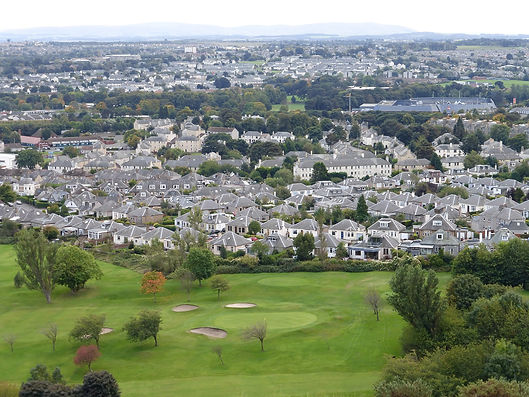 1920px-Prestonfield_from_Arthur's_Seat.j