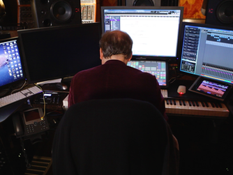 """How A Painting On Hans Zimmer's Desk Inspired The Look Of """"The Joker"""""""