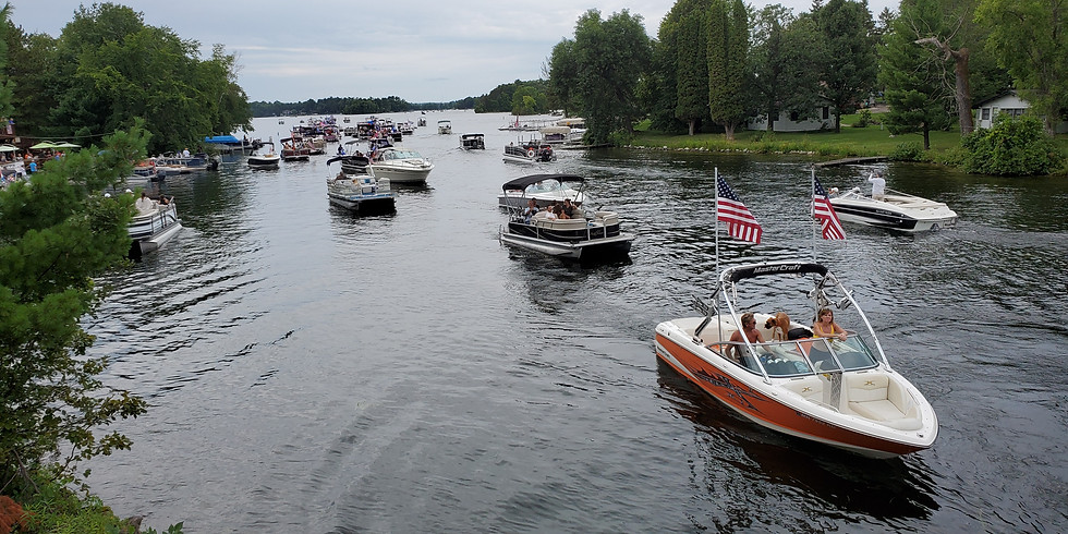 Trump Boat Parade - Mississippi - Anoka