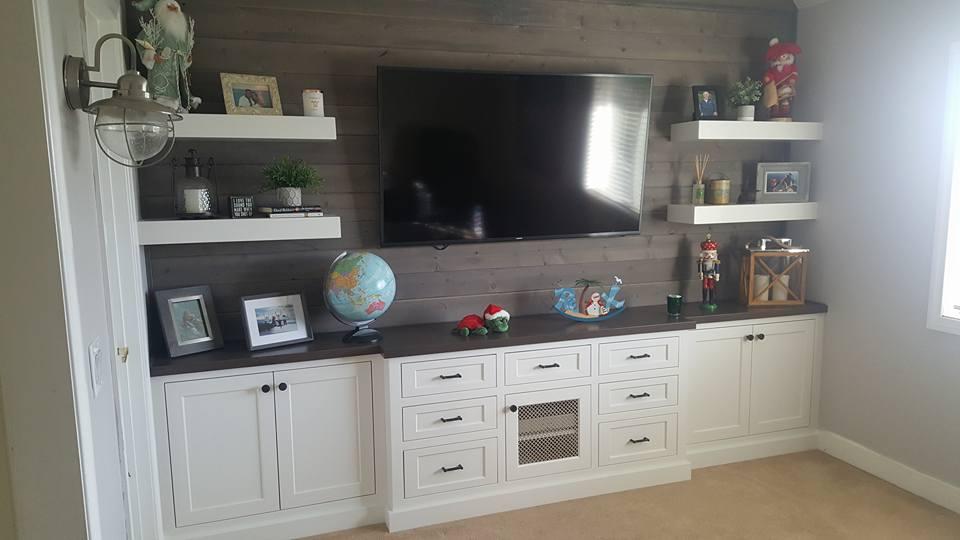 Hanson family room