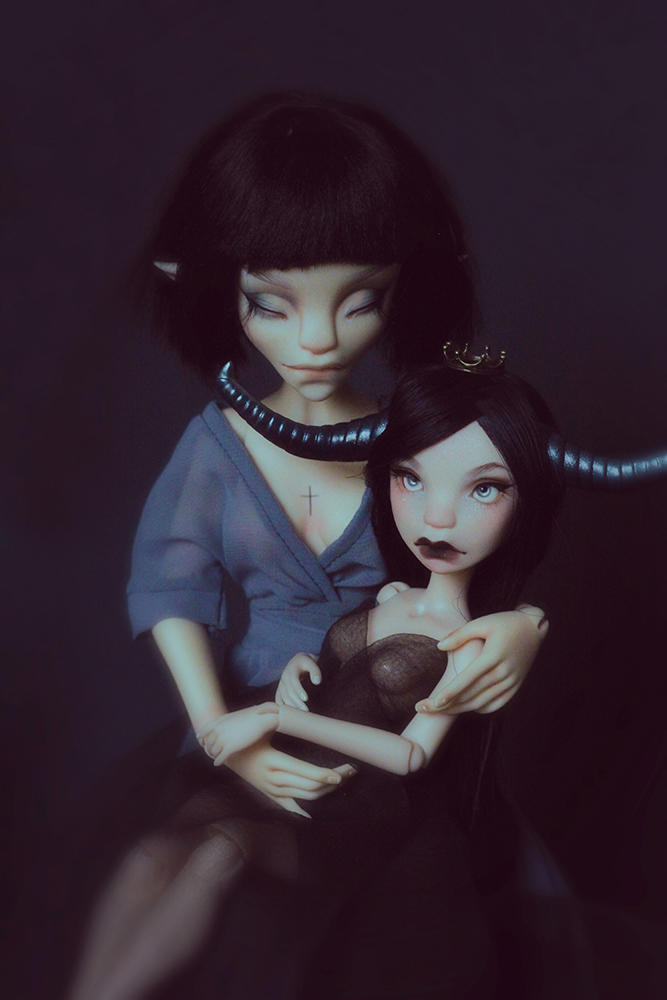 Nyx and Cornélia