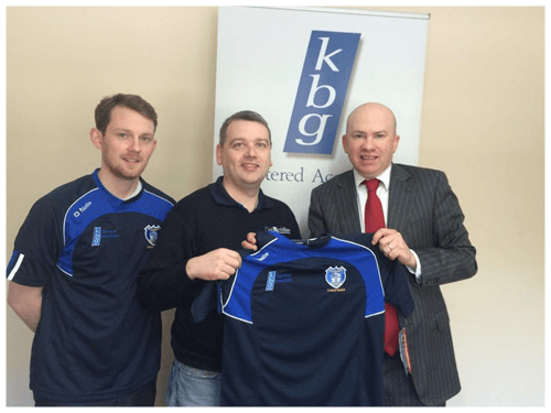 Mark Reilly Presents training tops to Cavan Gaels. Fellow KBG team member Martin Dunne is also in picture