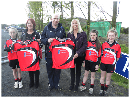 Mark Reilly Presents jerseys to Killygarry girls