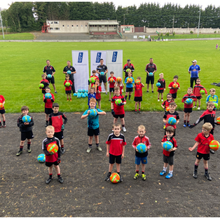 KBG and Cavan star Gerard Smith presents Killygarry under 7's, 9's and 11's with 60 Footballs for the new season. Best of luck to Killygarry GAA in 2020