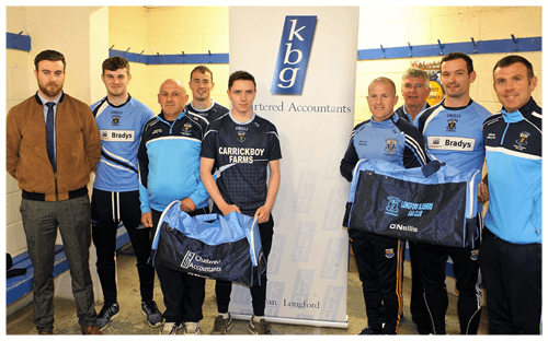 Cormac McCabe  Presents gear bags to Longford Slashers GFC