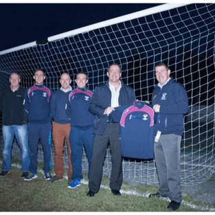 Ciaran Brady Presents training tops to Arva GFC