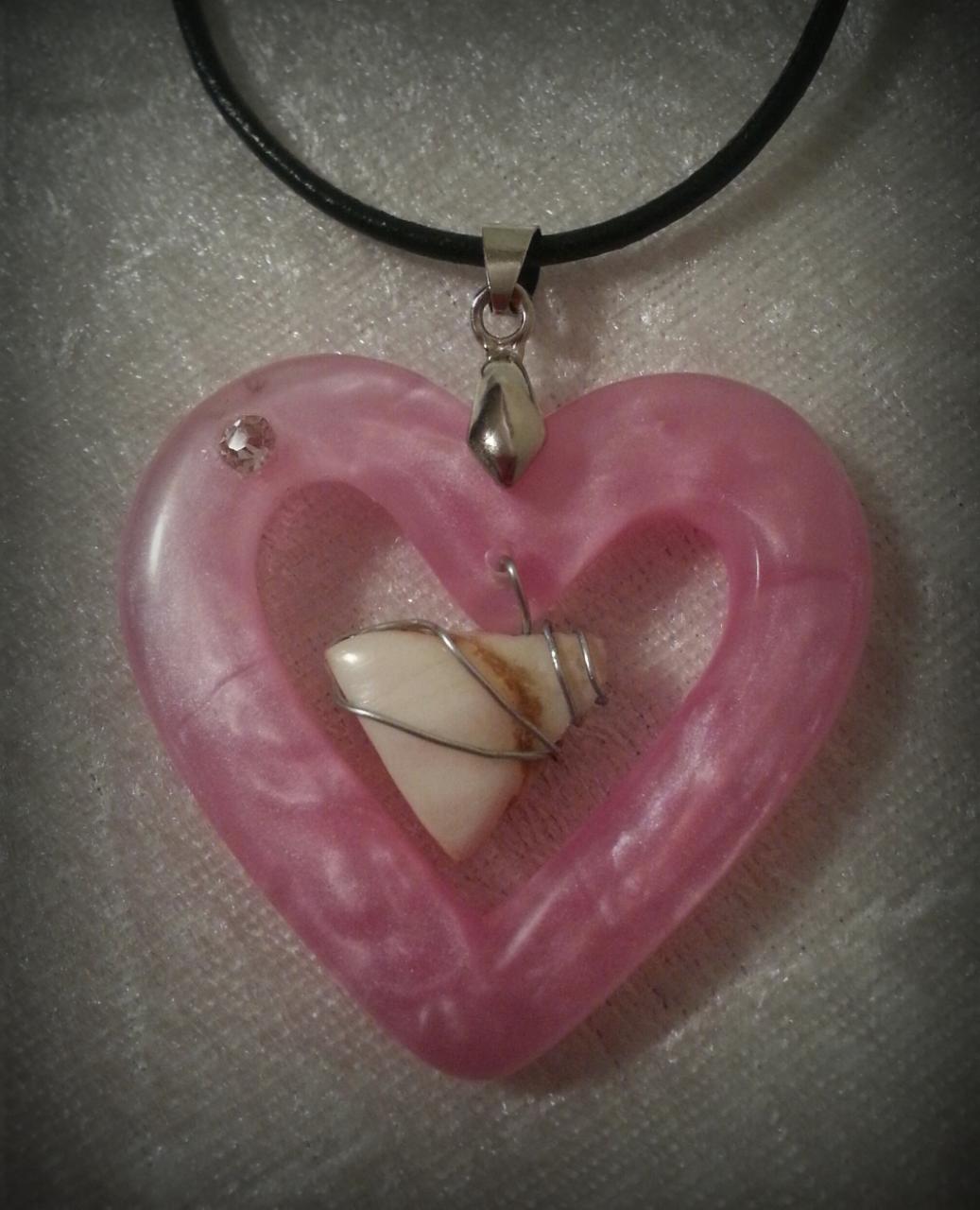 Solid Pearl Open Heart