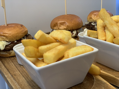£6 Lunch Burgers