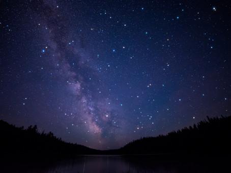 Neumond. Langer Atem & das Sichtbarwerden neuer Sterne.