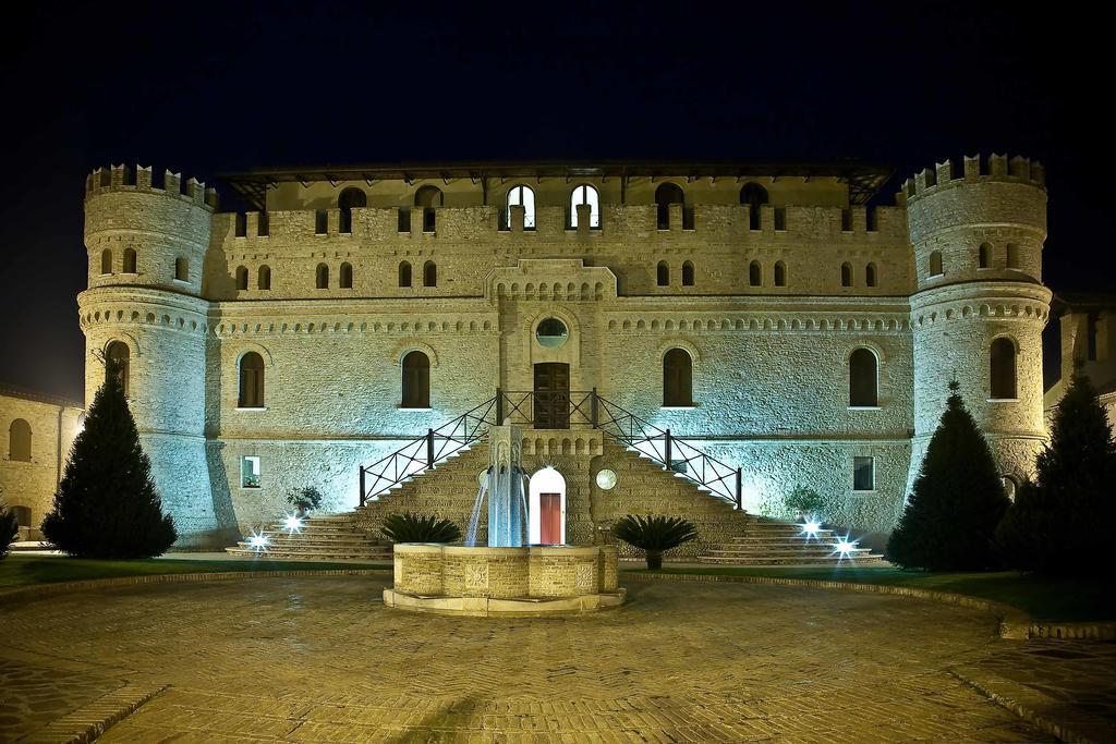 Castello_Di_Septe-Castel_di_Sette_Primo_Mozzagrogna-Aussenansicht-2-582419
