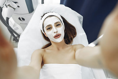 woman-with-white-facial-mask-3985342.jpg