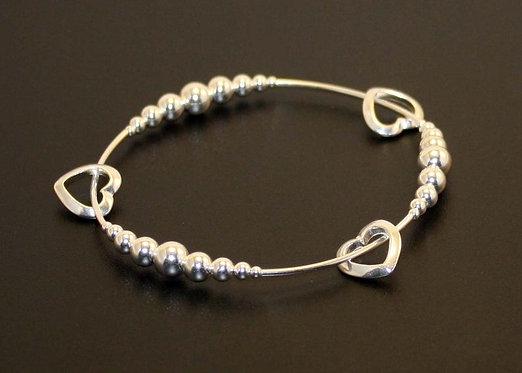 Sterling Silver Heart bracelet, valentine bracelet, mothers day bracelet