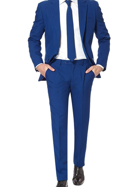 Trim Fit Two-Piece Suit with Tie