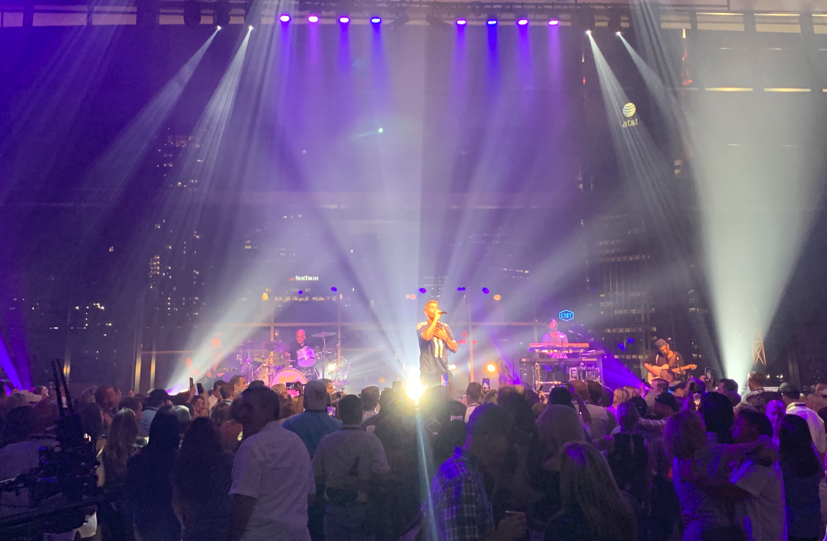 Hilton Honors Party w/ Brett Young