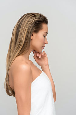 Woman with toned chin and tightened neck