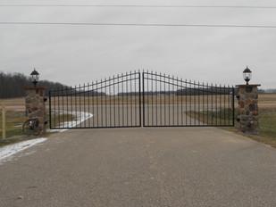 Driveway Gate_Arch_1.jpg