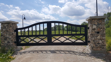 Driveway Gate_Meadow Sound_1.jpg