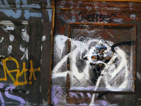 BERLIN DOOR 09