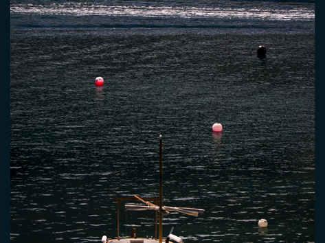 Boat Passing, Cadaques