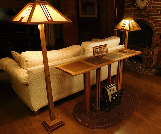 craftsman lamp and table