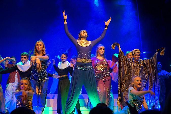 Aladdin Theater Show