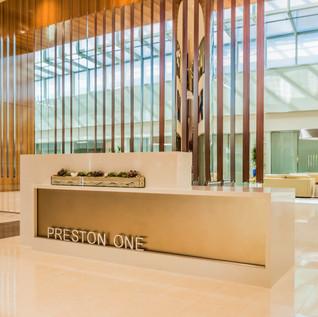 PRESTON I ◉