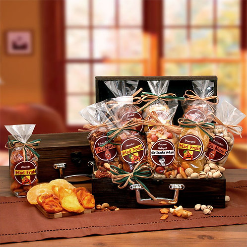 Premium Gourmet Fruit & Nuts Gift Chest 810772