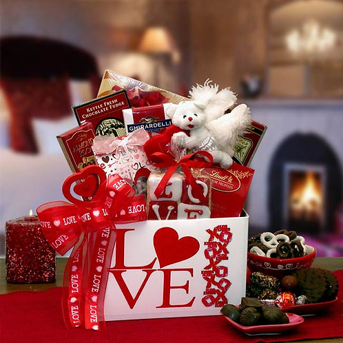 Cupids Passion Valentines Gift Box 8162072