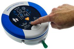 Defibrillatore-Semiautomatico-DAE-Hearts