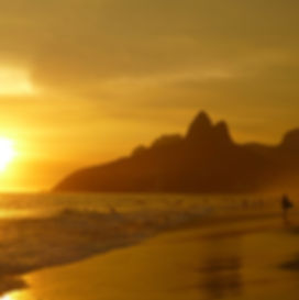 ipanema-beach-99388_1920.jpg