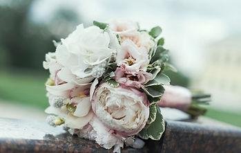 Свадебный букет - бонус от партнеров свадебного салона