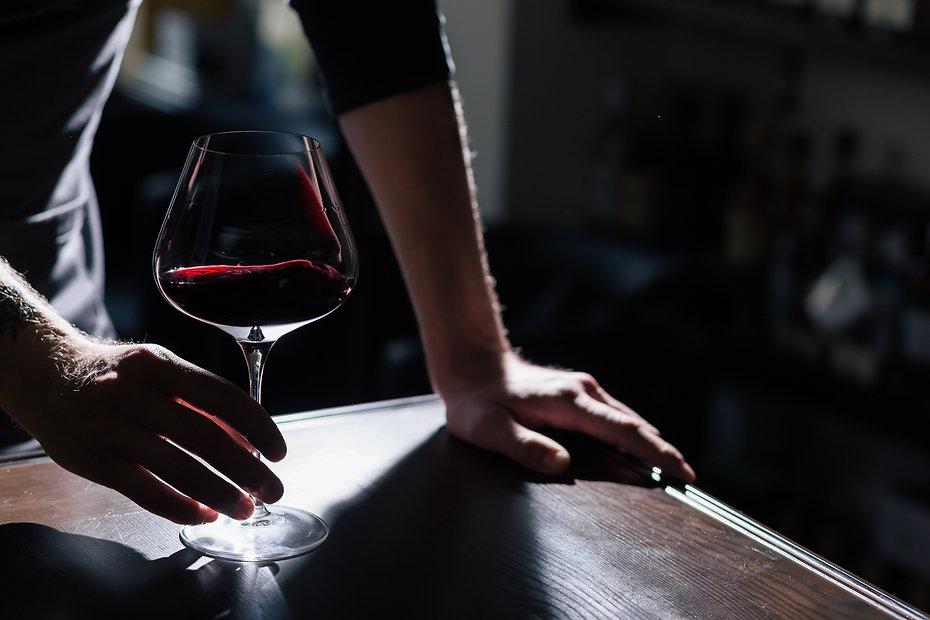 red wine somm wine box.jpeg