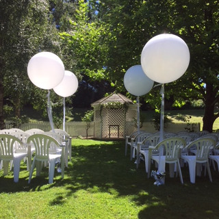 70cm Helium filled balloons creating a walkway
