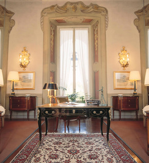 Classical Villa - Moscow