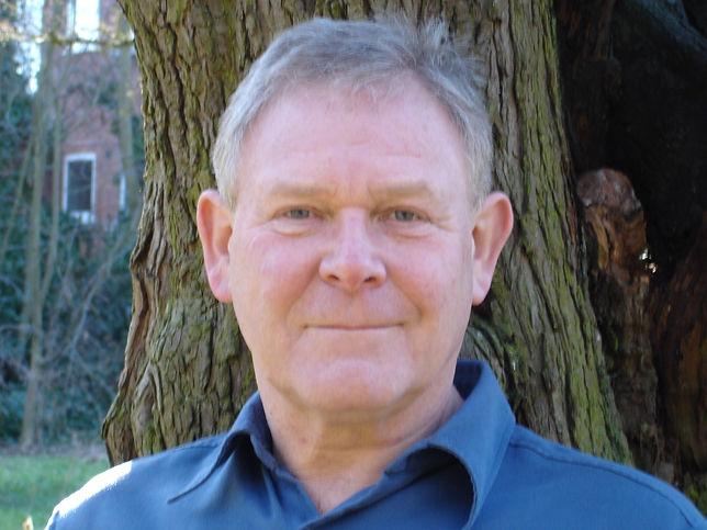 Prof Chris Baines.JPG