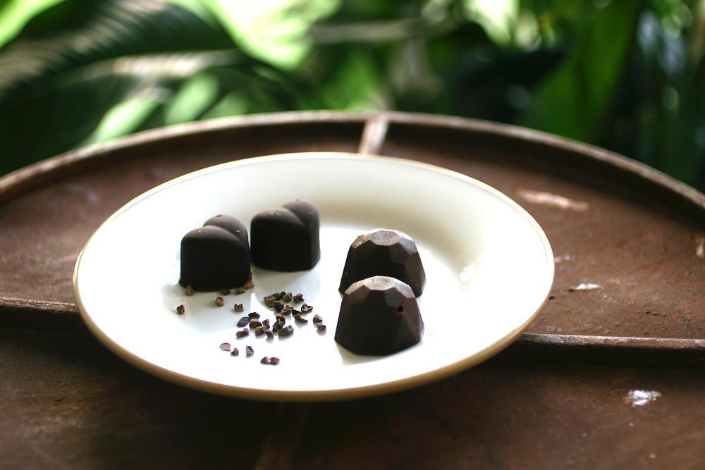 שוקולד ביתי בטעם מרציפן /  טבעוני וללא גלוטן