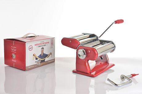 Chef Donato De Santis maquina de pastas