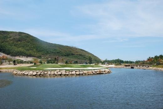 Diamond Bay Golf Resort