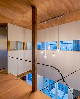 木造 リノベーション 三条市 建築家 暖炉のある家