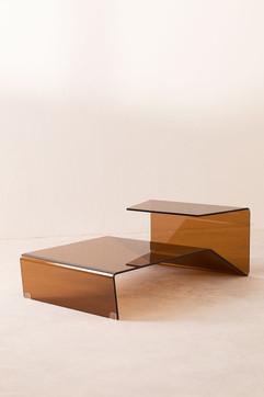 Mesa centro de vidrio tostado