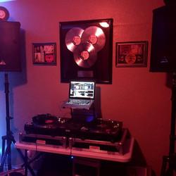 DJ Mix Studio B