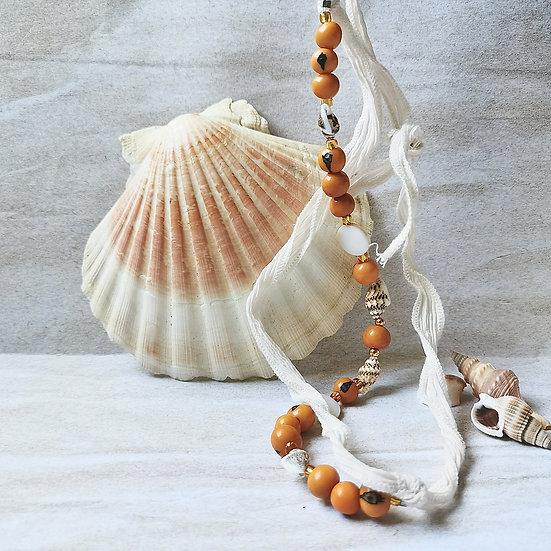 Bijou ruban et graines naturelles d'açaï