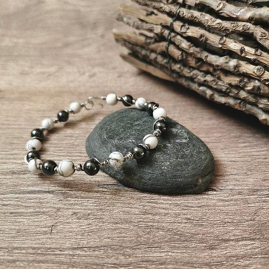 Bracelet artistic wire, avec des perles naturelles marbrées et hématite
