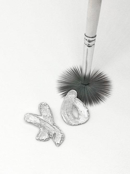 'XO' Brushstroke Earrings