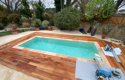 piscine nimes artisan liner.png