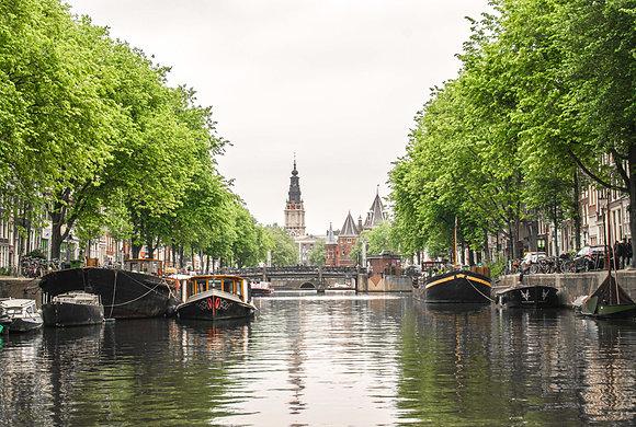 Postcard Spring Nieuwmarkt