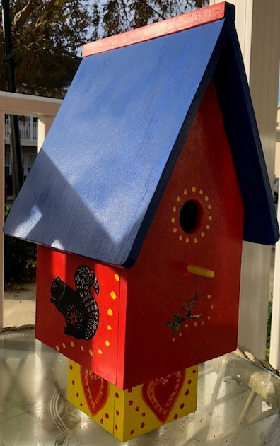 Gingers birdhouse I